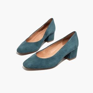Madewell The Raquel Pump in Suede